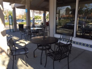 Nana Fi's Bakery and Café outdoor patio